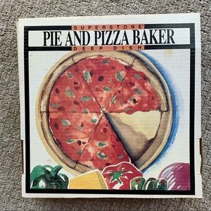 Superstone Sassafras Deep Dish Pie & Pizza Baker